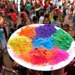 Холи – фестивалът на пролетта и ярките цветове