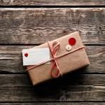 Ръчно правените подаръци предизвикват искрена усмивка
